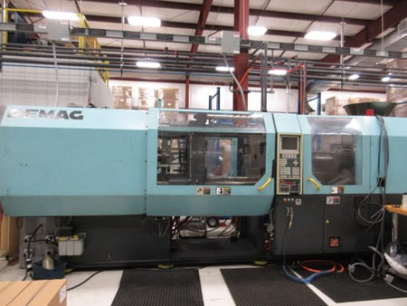 Demag ERGOtech 360 Ton plastic injection molding machine with 22.5 oz shot capability